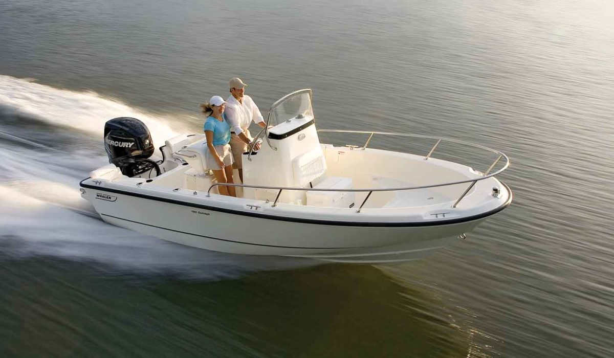 Boston-Whaler-190-Outrage-Gallery-3